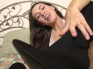 JOI Jerk of instruction sexy avec lingerie et cuissarde Foot fetish