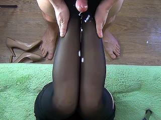 60fps cum shot on legs in nylon stockings...