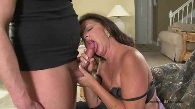 Hot milf sucking her stepson huge cock porn