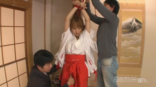 【無】巨乳巫女 パート2 Yui Misaki