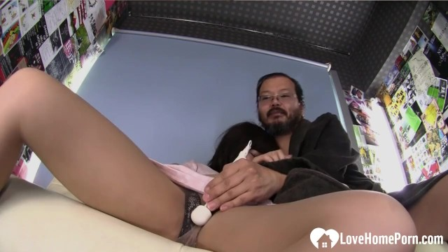 Amateur Asian loves to fuck while on camera 9