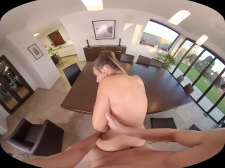 SexBabesVR – 180 VR Porn – Erotic Morning with Naomi Bennet