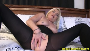 Lick My Toes and FUCK My Pussy!