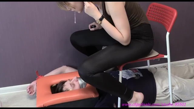 Bdsm foot wear Cruel girls foot humiliate slave spitting femdom foot worship foot licking