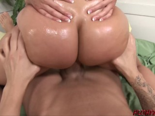 Brianna loves jiggles while fucked...