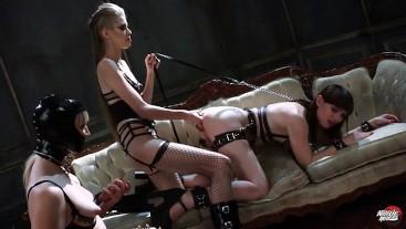 Natalie Mars: Anal Cuckold Threesome