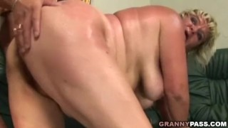 Naughty Mature Gets Fucked By A Younger Guy Missionary high