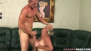 Naughty Mature Gets Fucked By A Younger Guy porno