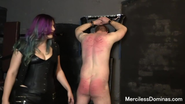 Suzanna holmes fucks karol - Friends - miss suzanna maxwell and domina jemma