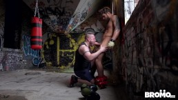 Bromo - Horny for each other after workout