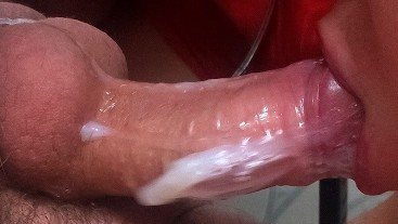 HUGE ORAL CUMLOAD / SPERM EXPLOSION