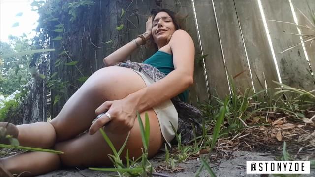 Shane stone porn - Risky public orgasm with zucchini