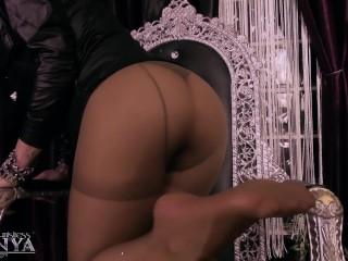 Mistress Kennya: Luxurious Pantyhose preview