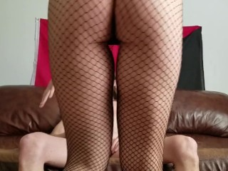 Cumhungry milf rides cock