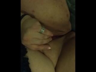 BBW first time cumming on cam