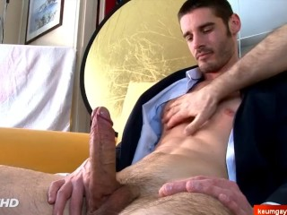 1rst time str8 male into gay porn !