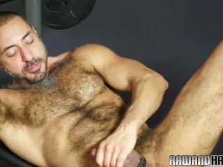 Mature wolf sucking cock after workout