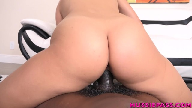 Hawaiian Babe Lilo Mae takes her first BBC and loves it! 16