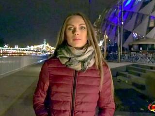 Tiefer ANAL Fick fuer Teen Veronica bei Strassen Casting