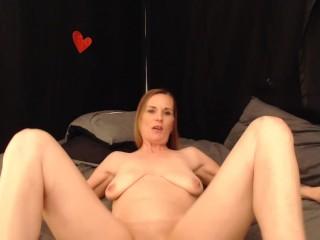 POV quick slam MILF Pussy- Mommy needs fucked