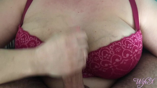 She handjobs over her bra and causes massive cum in just 30 seconds  WifeX 7