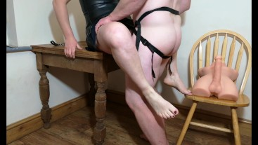 Hubby gets some cuckold training