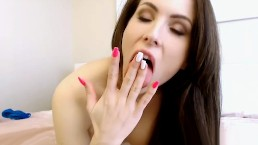 CamSoda – Katie Banks 1st Time Masturbation Cam Show