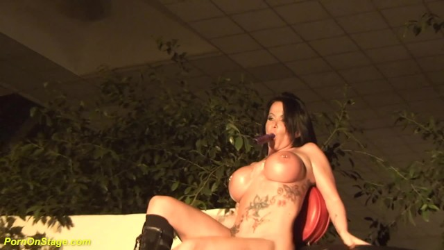 extreme hot public sex show with a busty flexi latex babe 49
