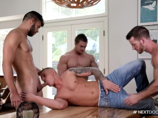 Peeping College Bros Initiate BB 4Way With Friends They Caught Fucking!