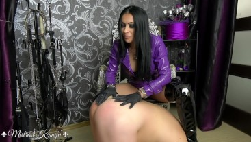Mistress Kennya: A rubber gloves obsession