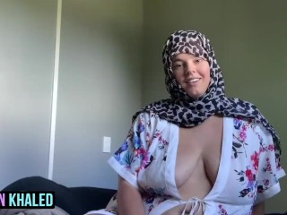 Learns how to suck cock...