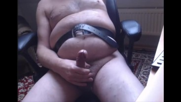 pregman with strong contractions and naked with belt