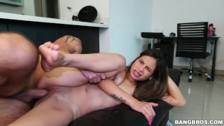 BANGBROS - Latin Amateur Valery Gomez First Time In Front Of The Camera