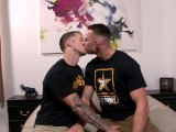 ActiveDuty Army Hunks Deep Kisses & Raw BB from Quentin Gainz!