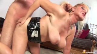 chubby Stepmom rough big cock fucked