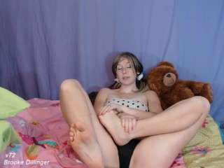 V72 Barely Legal Unexperienced18yo *OLD VIDEO* NEWER VIDS IN FULL HD