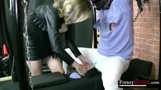 Streaming Gratis Video Nikita Mirzani FrenzyBDSM Cock and Balls Vaxing and Bondage