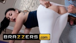 Brazzers - PAWG Yoga teen Mandy Muse loves anal