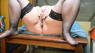 seduced slut finger nails his bbw milf step mom making her squirt wildly