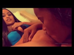 Lesbian devours her girlfriend and makes her squirt