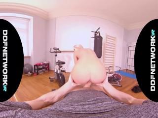 Hardcore POV gym sexercise with curvy blonde VR instructor Angelika Grays
