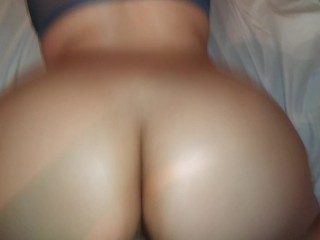My step sister has ass love smashing her...