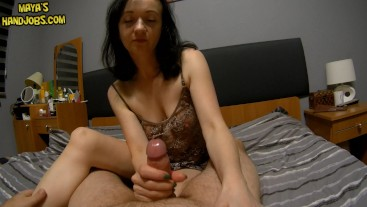spontanous handjob with 2 cumshots