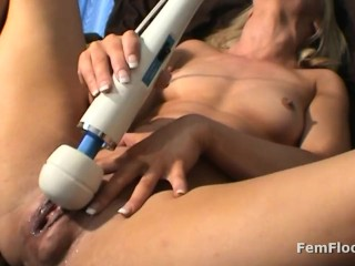 Horny Babe Discovers Magic Wand Vibrator and has Multiple Squirting Orgasms