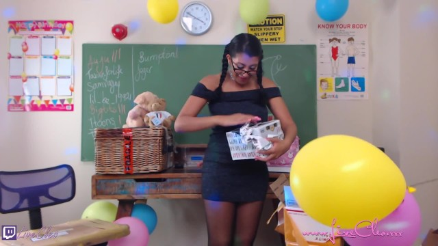 LIVECLEO Birthday unboxing fan gifts uncencored squirting