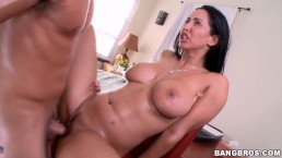 BANGBROS - Busty Latina MILF Isis Love Gets A Creampie In Her Tight Pussy