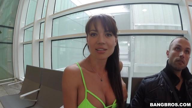 Brittney Skye tryska stosunek seksualny porno