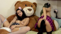Threesome with the Bear - Tail Buttplugs - with Loollypop24