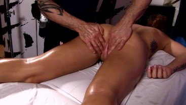 Tantric Massage 94 - Young 19 Year Old Olivia Lee Cums and Fucks Masseuse