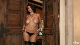 Twistys - Perfect bodies Darcie Dolce shows off her goods